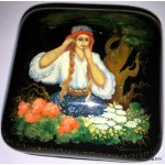 Vasilisa the Beautiful - Palekh lacquer box by Vorzina